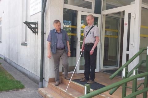 LASS Raseinių rajono aklieji ugdo orientacijos įgūdžius