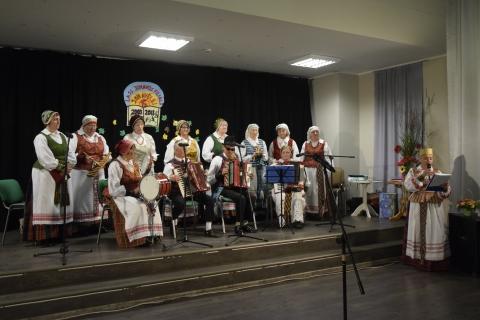 "Koncertuoja liaudies kapela ""Jonavėlė"""
