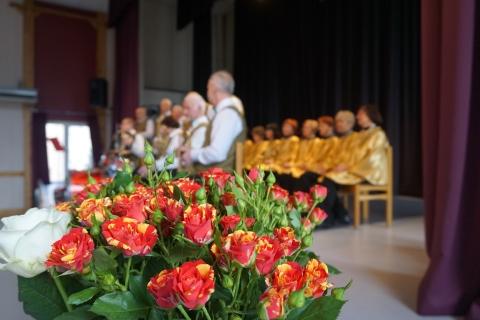 Gėlės ant scenos