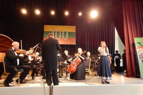 ''Aš linkiu Jums gero'' dainavo jauna atlikėja Sofijka Choma