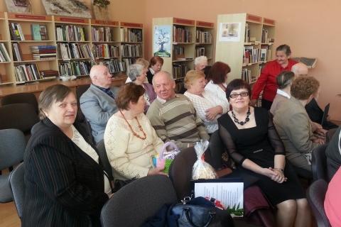 LASS Šakių filialo neregiai Poezijos pavasario šventėje